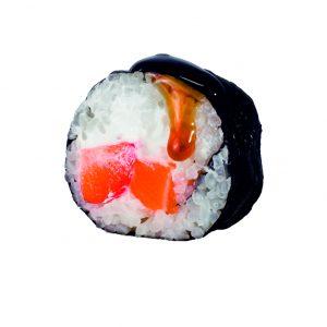 futomaki de salmon y fresa