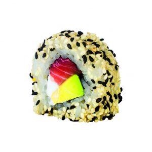 uramaki de salmón y sesamo