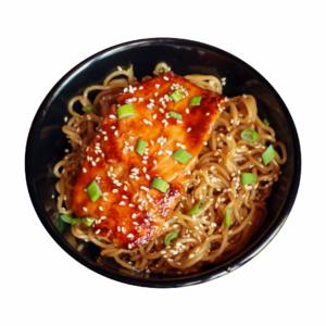noodles de salmon con salsa teriyaki
